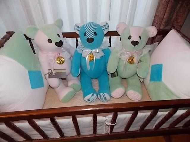 crib bears.jpg