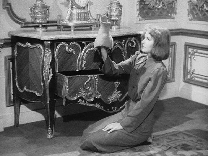 Ninotchka - Greta Garbo