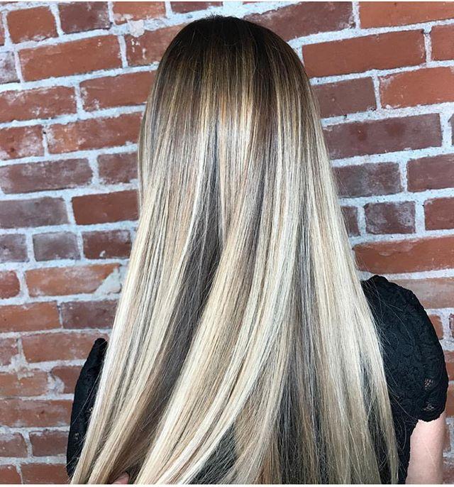💎💎 @lpk_moonriver 💎💎 . . . . . #slohairstylist #slohair #handpainted #balayage #slo #slostylist #slosalon #slospa #moonriversalon #moonriversalonandspa #slolife #hairoftheday #cosmoprofbeauty #licensedtocreate #bestofbalayage #blonde #shareslo @oneshothairawards #colormelt #babylights #wella #hottools #randco #redken @wellahair @wellaeducation @redken @hottoolspro @ibizahairtools #ibizabrushes @oligopro @gkhair #oligopro #purpleshampoo #gkhair @bestofbalayage @stylistssupportingstylists @behindthechair_com @behindthechair_stylist @behindthechair_oneshot