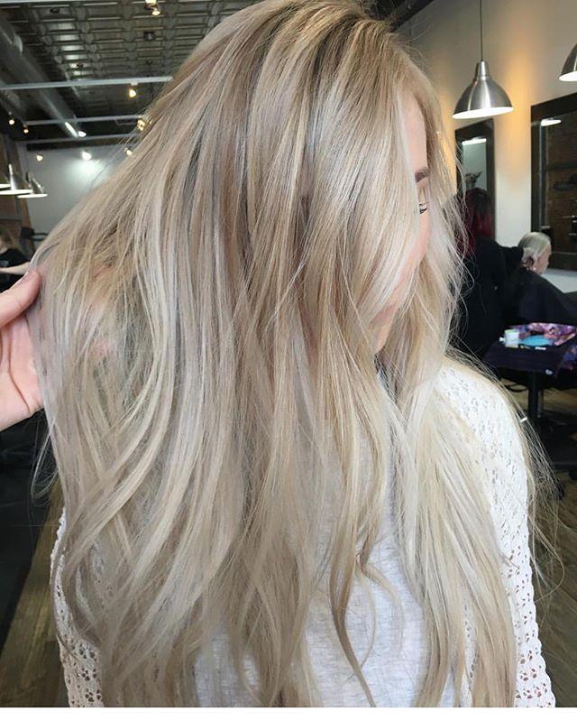 🥂✨ @angiefinleyhair ✨🥂 . . . . . #slohairstylist #slohair #handpainted #balayage #slo #slostylist #slosalon #slospa #moonriversalon #moonriversalonandspa #slolife #hairoftheday #cosmoprofbeauty #licensedtocreate #bestofbalayage #blonde #shareslo @oneshothairawards #colormelt #babylights #wella #hottools #randco #redken @wellahair @wellaeducation @redken @hottoolspro @ibizahairtools #ibizabrushes @oligopro @gkhair #oligopro #purpleshampoo #gkhair @bestofbalayage @stylistssupportingstylists @behindthechair_com @behindthechair_stylist @behindthechair_oneshot