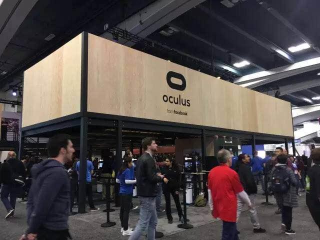 Facebook旗下的Oculus VR体验展位
