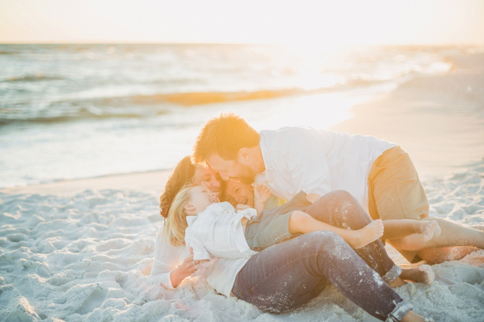 panama-city-beach-family-photographer-wedding-engagement-pcb-session-30A-Desiree-Gardner-photography-eden-gardens-state-park-florida-destination-wedding-photography_0079.jpg