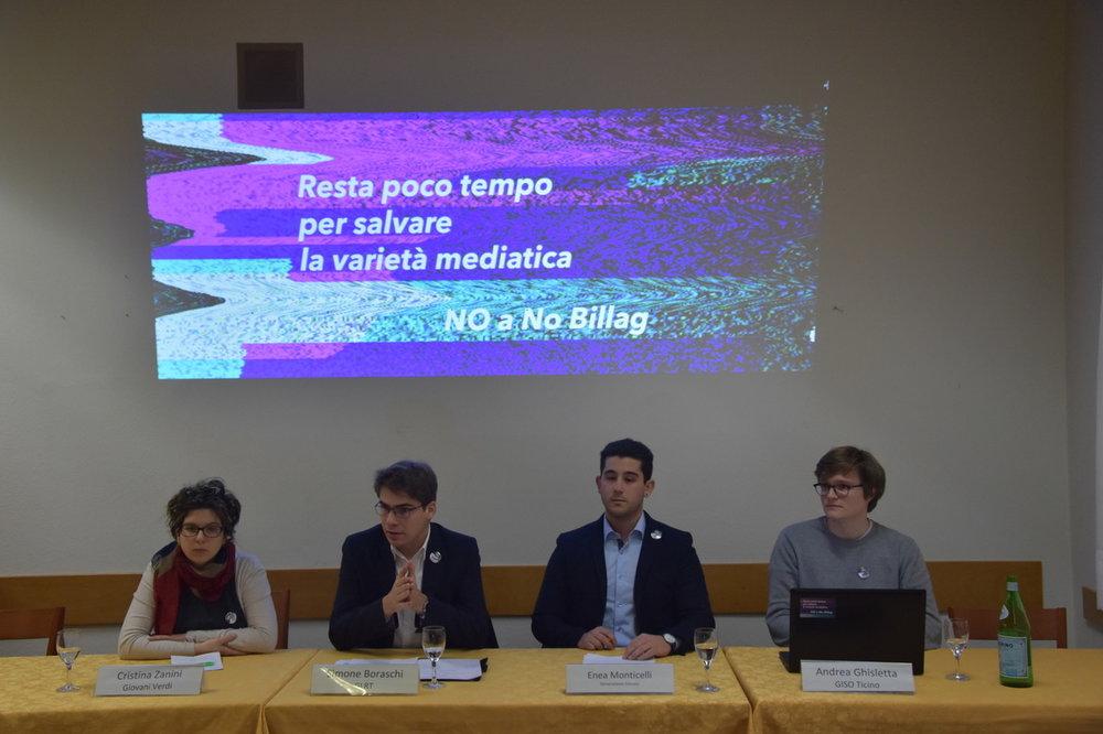 Un momento durante la conferenza stampa, con i rappresentanti dei vari movimenti giovanili.
