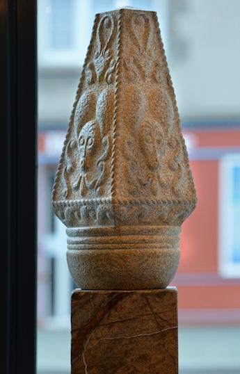 Obélisques Celtiques (une paire)