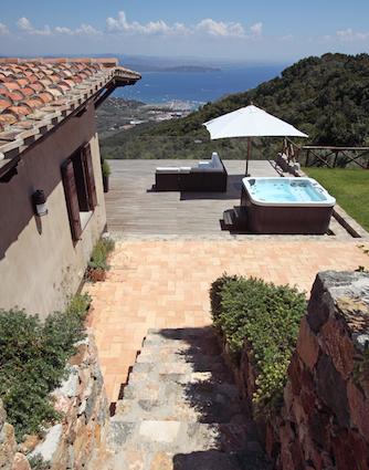 Villa Aurora - Sleeps:6Price From: EUR 3,500 per weekLocation: Porto ErcoleFeatures: Jacuzzi