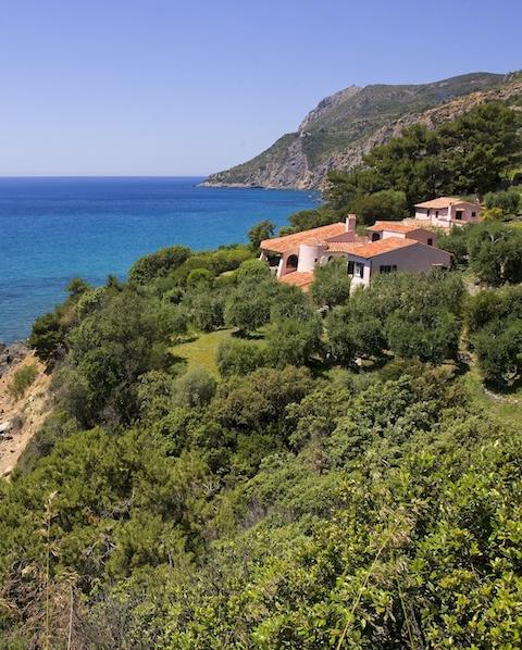 Gli Ulivi - Sleeps:12-13Price From: EUR 9,000 per weekLocation:Porto Santo StefanoFeatures: Access to the sea