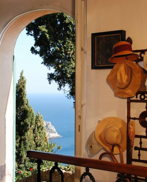 Cala Piazzoni - Sleeps:10Price From: EUR 5,500 per weekLocation:Porto Santo StefanoFeatures: Pool