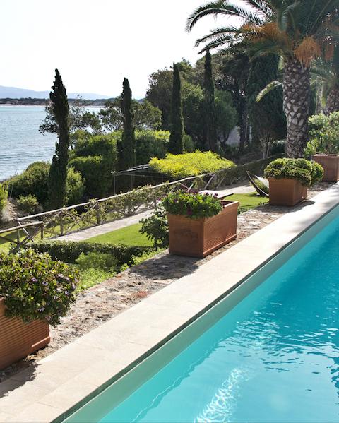 Villa Romana - Sleeps:12Price From: EUR 20,000 per weekLocation:Porto Santo StefanoFeatures: Direct access to the Sea, Pool & Cook