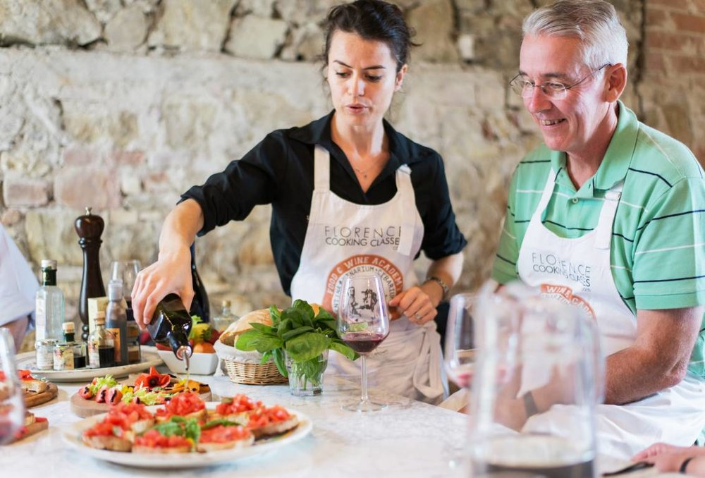 1451387218_VIP_COOKING_CLASS_in_a_NOBLE_VILLA_&_FARMERS_MARKET_TOUR.jpg