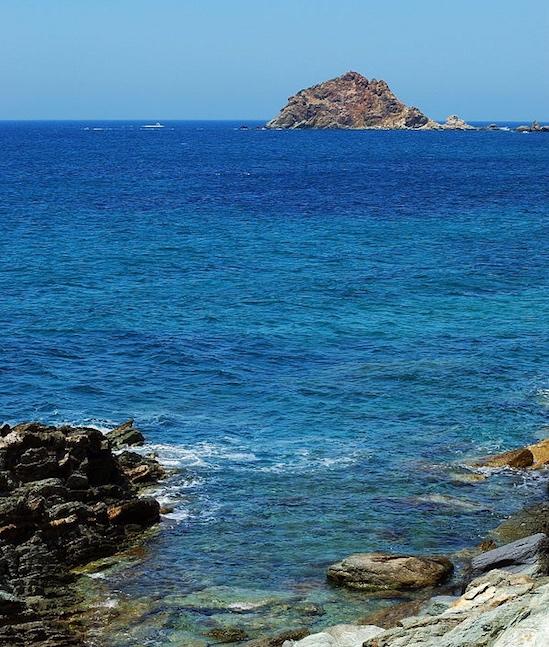 Oriente - Sleeps:10Price From: EUR 6,500 per weekLocation:Porto Santo StefanoFeatures: Access to the sea