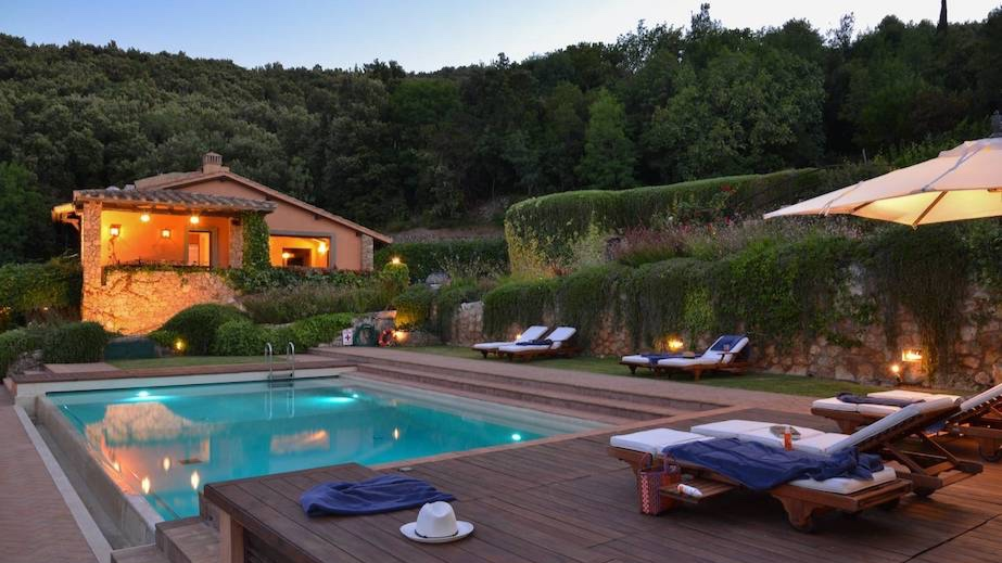 Vigna Alta - Sleeps: 14Prices from: EUR 14,000Location: Porto ErcoleFeatures: Pool and cook and amazing sea views