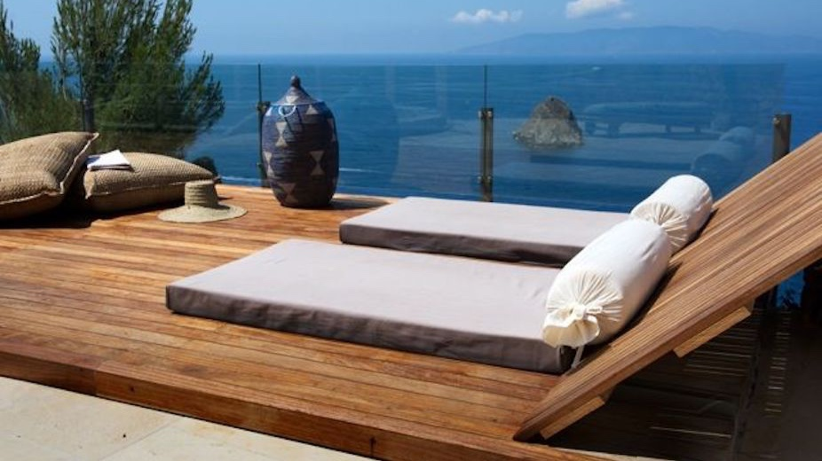 Cala Moresca - Sleeps: 16-17Price From: EUR 24,500 per weekLocation: Porto Santo StefanoFeatures: View on the Sea