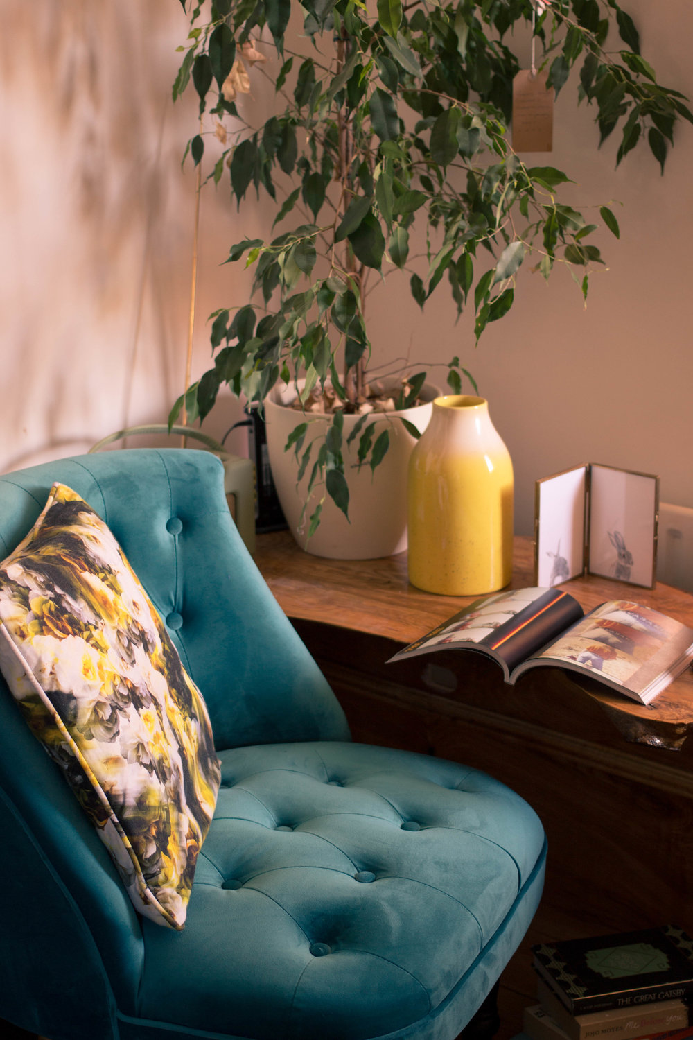 Styling-a-cosy-corner-rush-and-teal-7.jpg