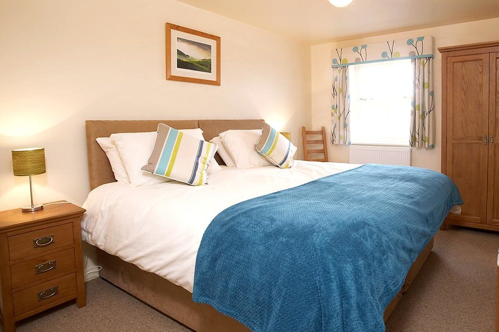 A peaceful and luxurious stay - Situated in a wonderful location four miles from the market town of Driffield and nine miles from historic Beverley, Highfield Farm is the ideally suited to those seeking a restful break as well as business guests. Take a look at our nine 4 Star Silver Rated rooms. VIEW OUR FANTASTIC ROOMS >