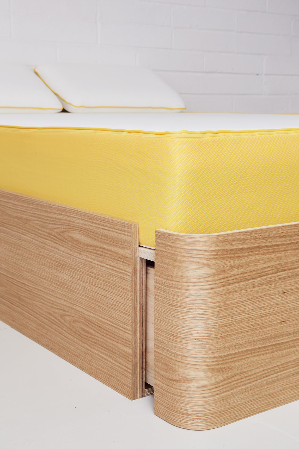 Bed storage drawer by Lozi