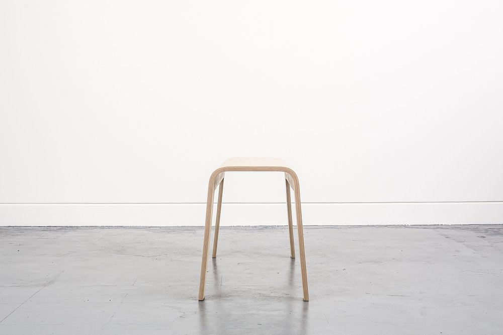 Side view for both Curved Bench and Curved Stool