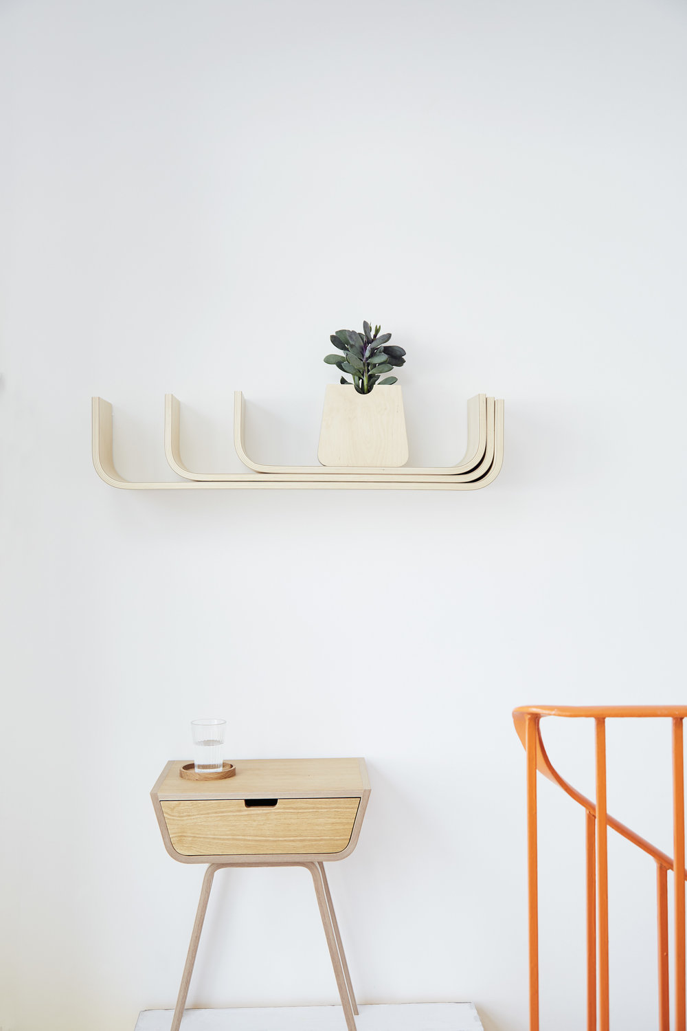 Birch plywood U shelves by Lozi.jpg