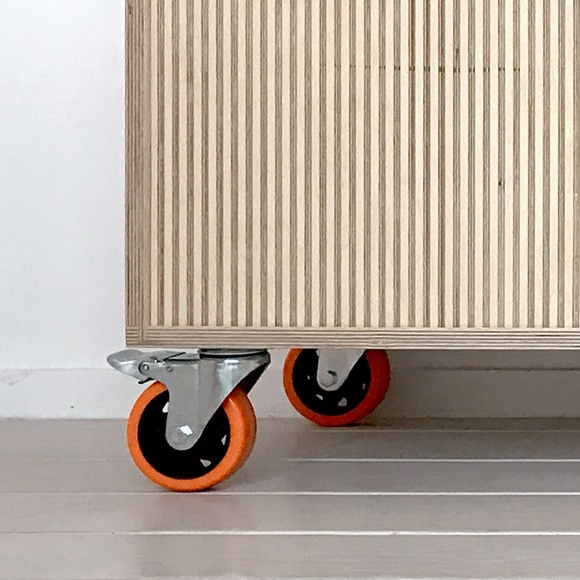 Orange wheel side board full RT WEB-min.jpg