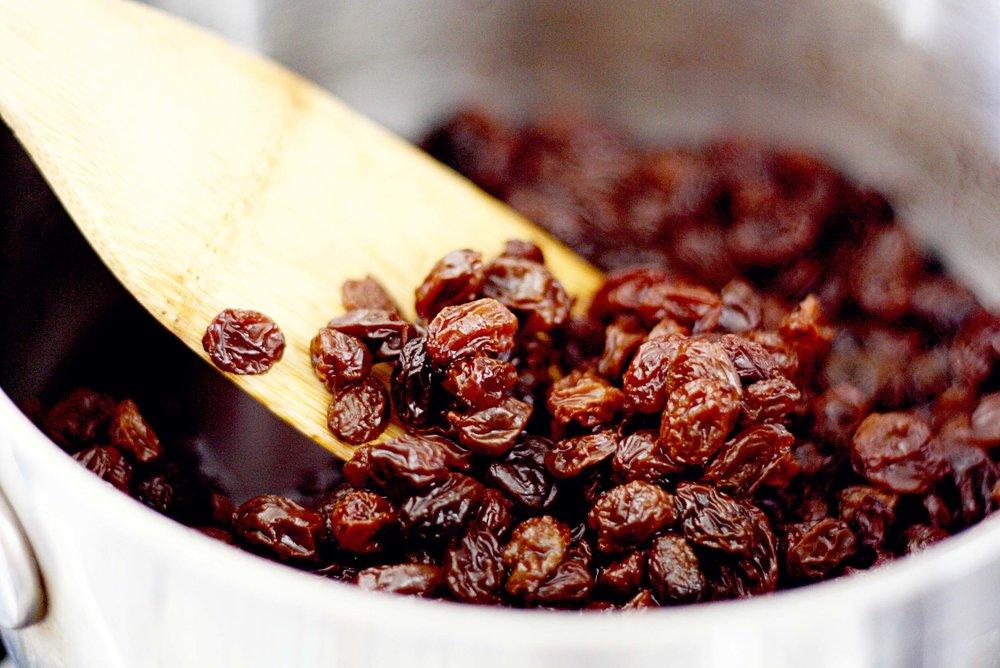 hydrated-raisins.jpg