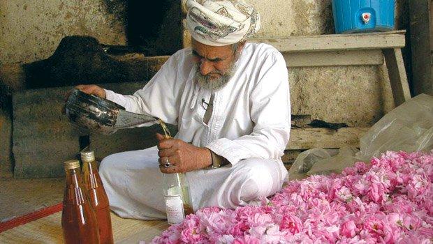 rose 1 farmer at his gtraditional  rose  distillation unit new_BINARY_211081.jpg
