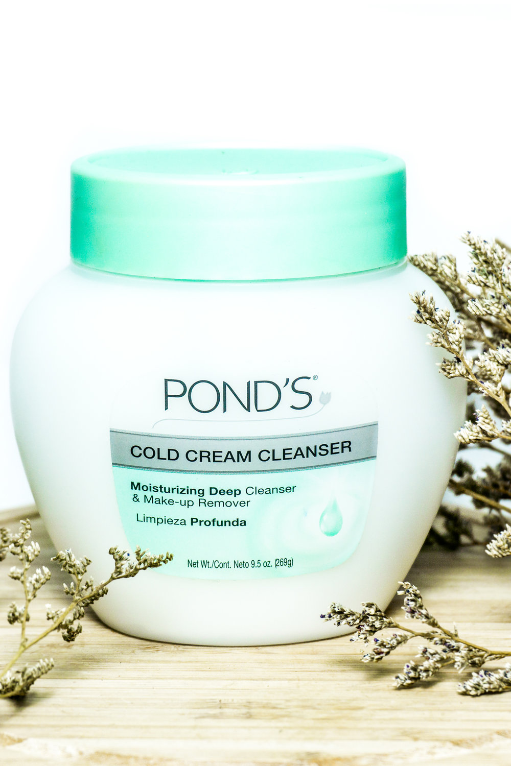 SamHodgett_Review_Ponds_Cleanser_1.jpg
