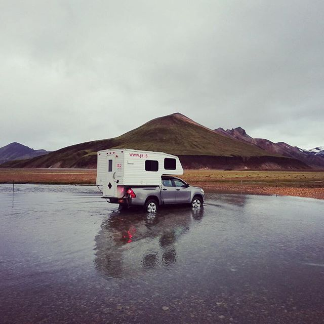 Crossing some rivers . . .. #travel #iceland #camper #ontheroad #jscampers #highlands #hiking #naturephotography #mountains #view