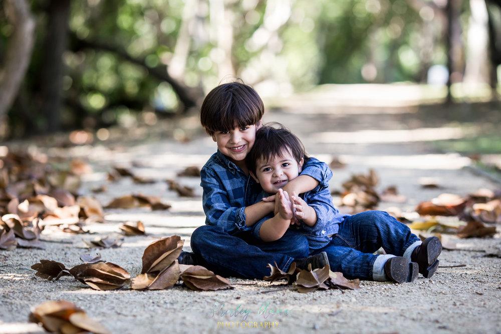 Ivelisse-Siblings-Web (3 of 35).jpg