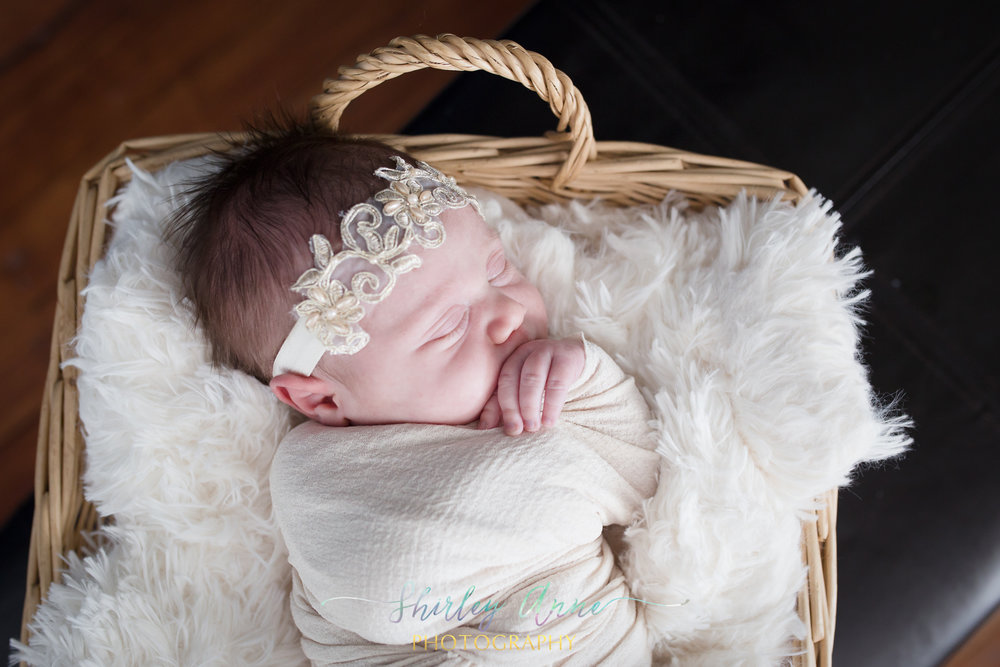 Sara-Newborn-Web (1 of 30).jpg