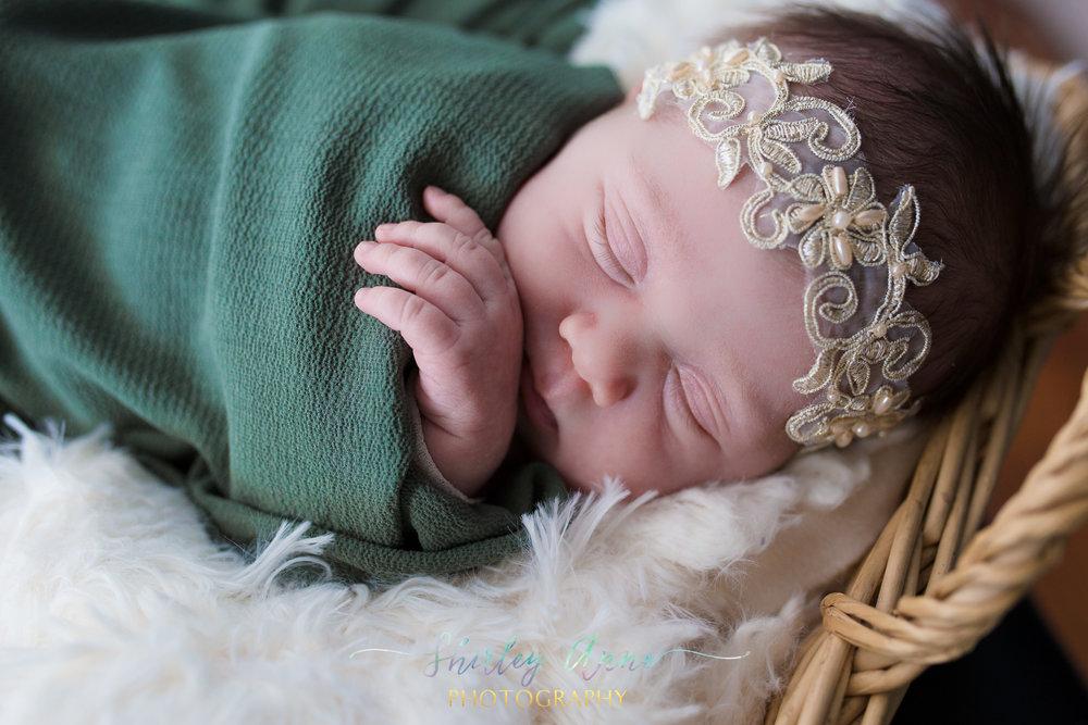 Sara-Newborn-Web (4 of 30).jpg