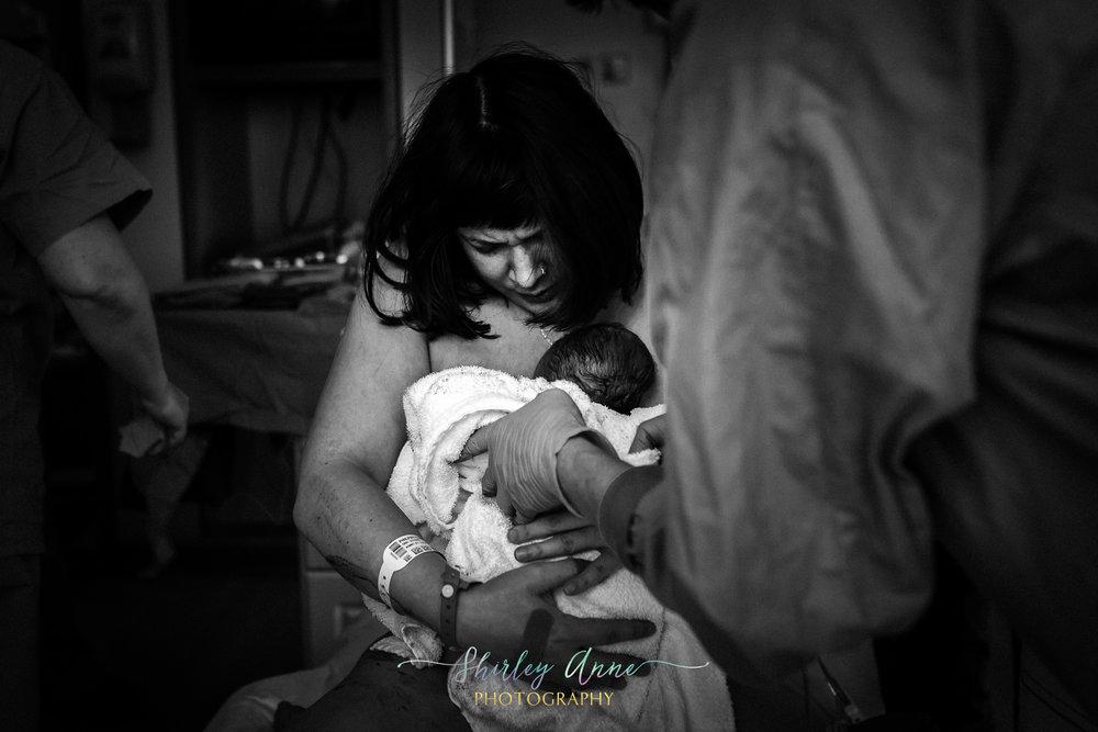 Lisa-Birth Story-Sneak Peek (16 of 32).jpg