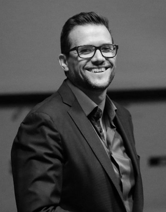 RICARDO PEIXE   Speaker, Coach , PNL & Communication Expert