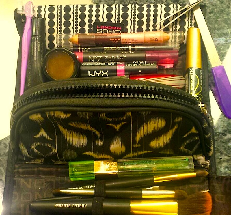 Florence Fasan's makeupbag
