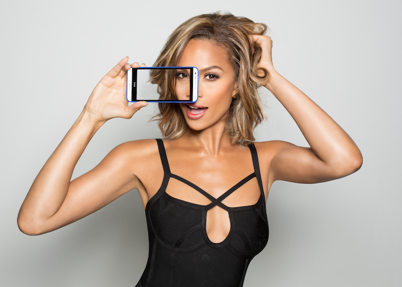 Alesha-Dixon-Selfie-Kit-pic-1.jpg