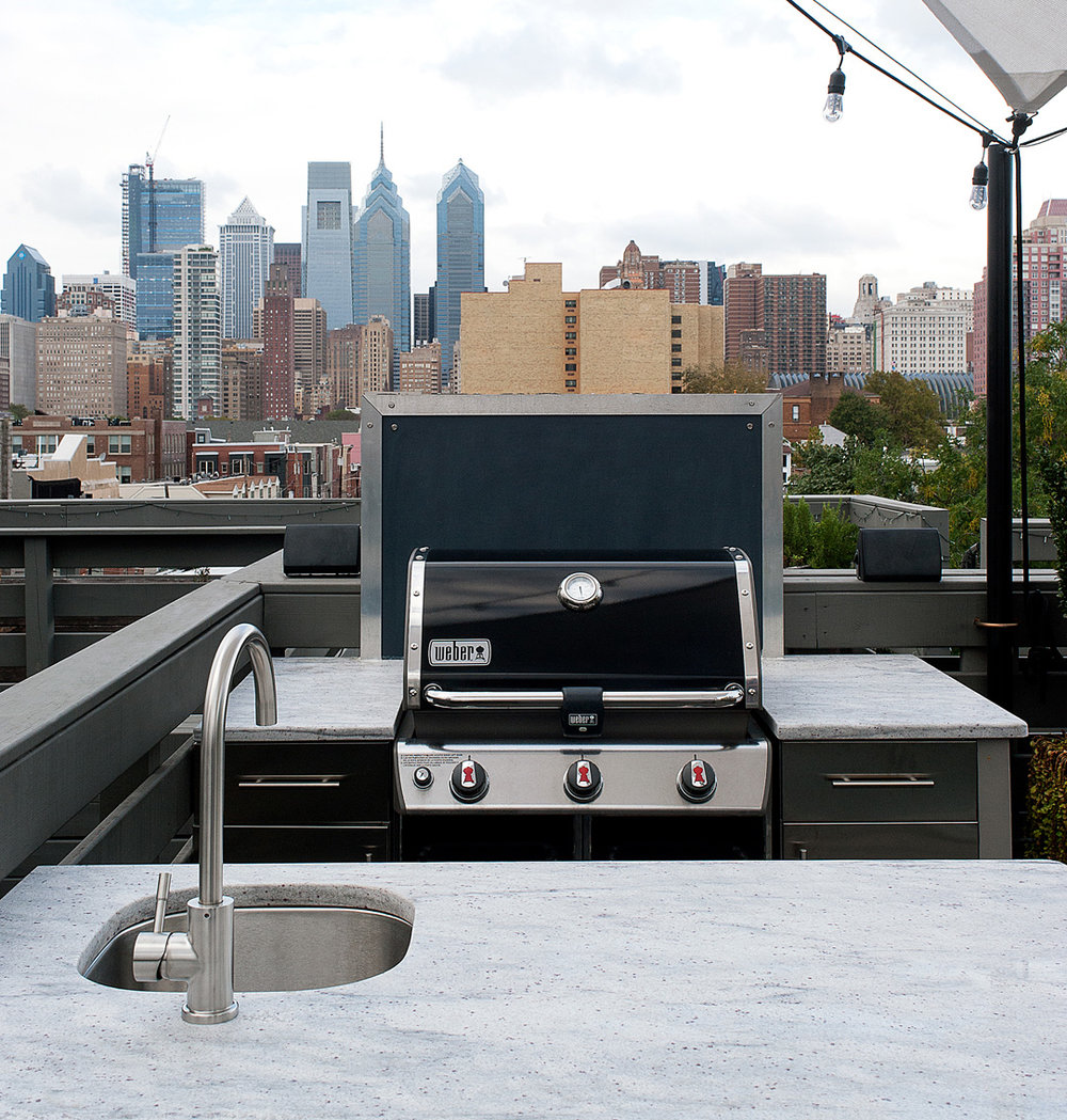 Stainless Hardware Outdoor Kitchen.jpg