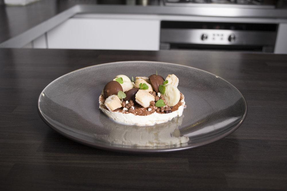 heerlijke, moderne gerechten met Italiaanse invloeden. - speciaal voor uw evenement bereid in eigen keuken.