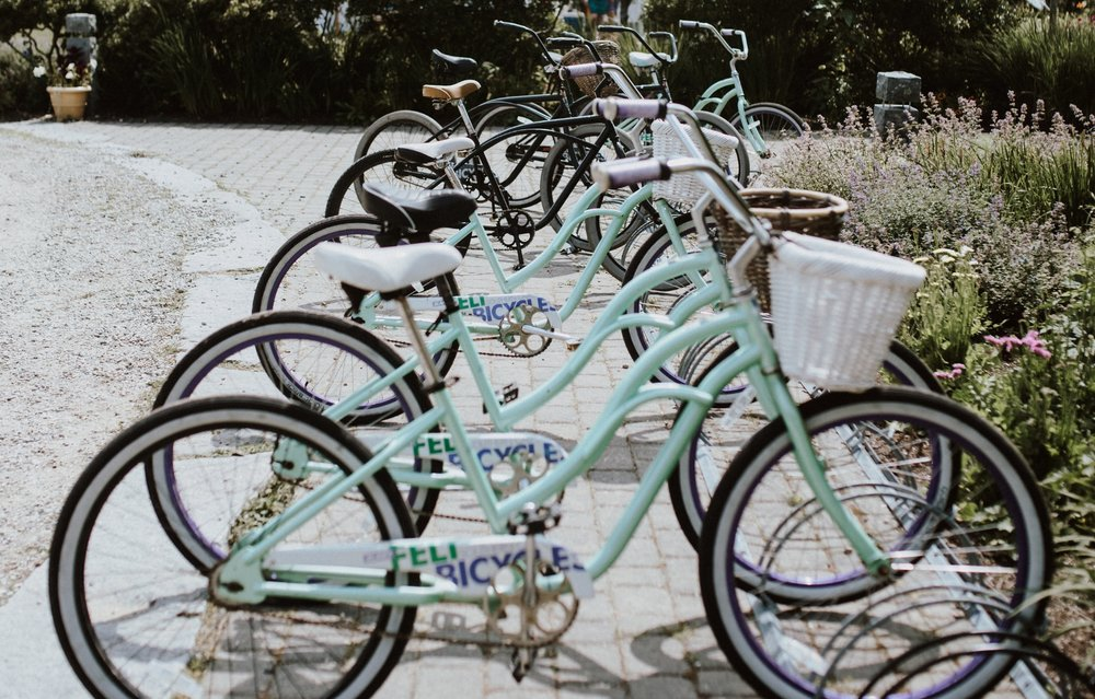 Biking - When you're feeling active, grab a bike from the Inn and take a cruise to the General Store or The Niblic for some lunch, snacks and a few souvenirs. You'll pass by The Golf Club and Tennis Club, both of which are available for use.