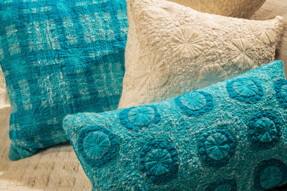 Mixed Pillows & Throws
