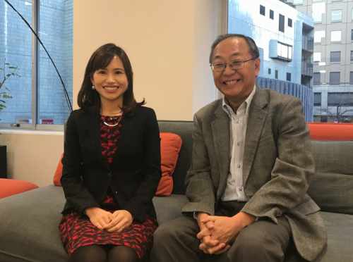 DBIC代表の横塚裕志様と講演開始前に記念撮影しました。