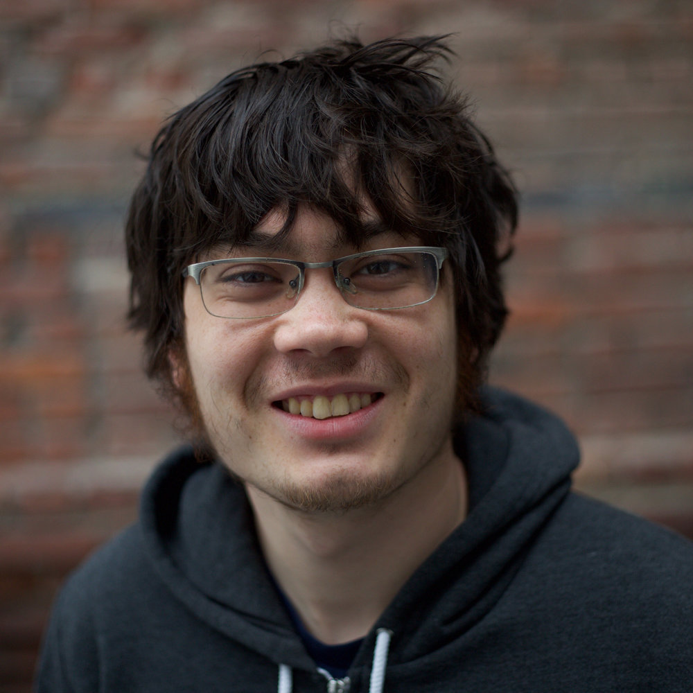Data Scientist アンドリュー・セルツラー  ジョージア工科大学で物理学修士号取得。現在はウェブスクレーピング、フロントエンド開発、自然言語処理の開発を担当している。