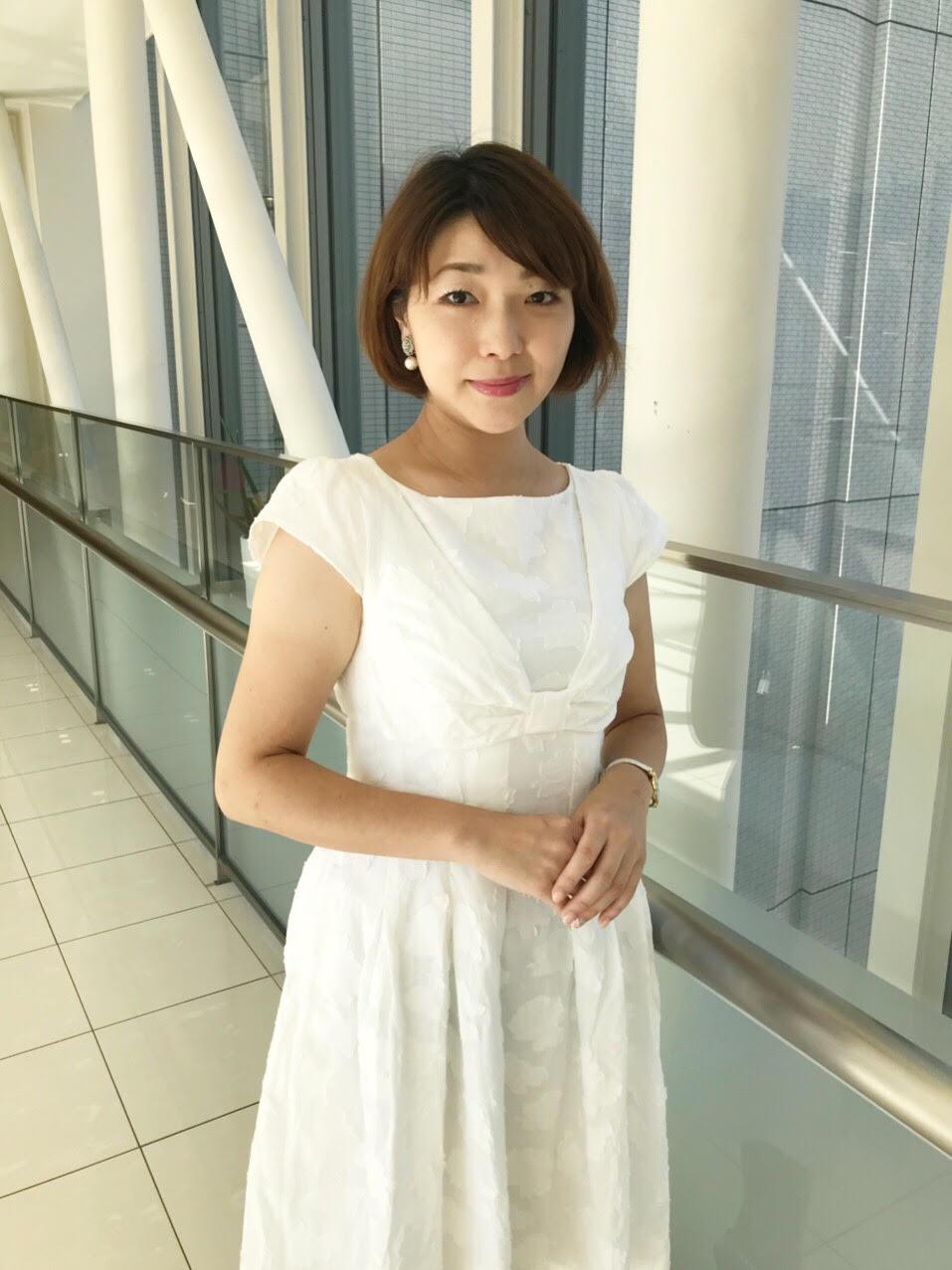 ビジネスアシスタント 吉見知穂  東京女子大学在学中に経験したサポート業務に充足感を得て、それ以来政治家秘書や東証一部企業の営業など、サポートやオペレーションに特化した業務で経験を積む。