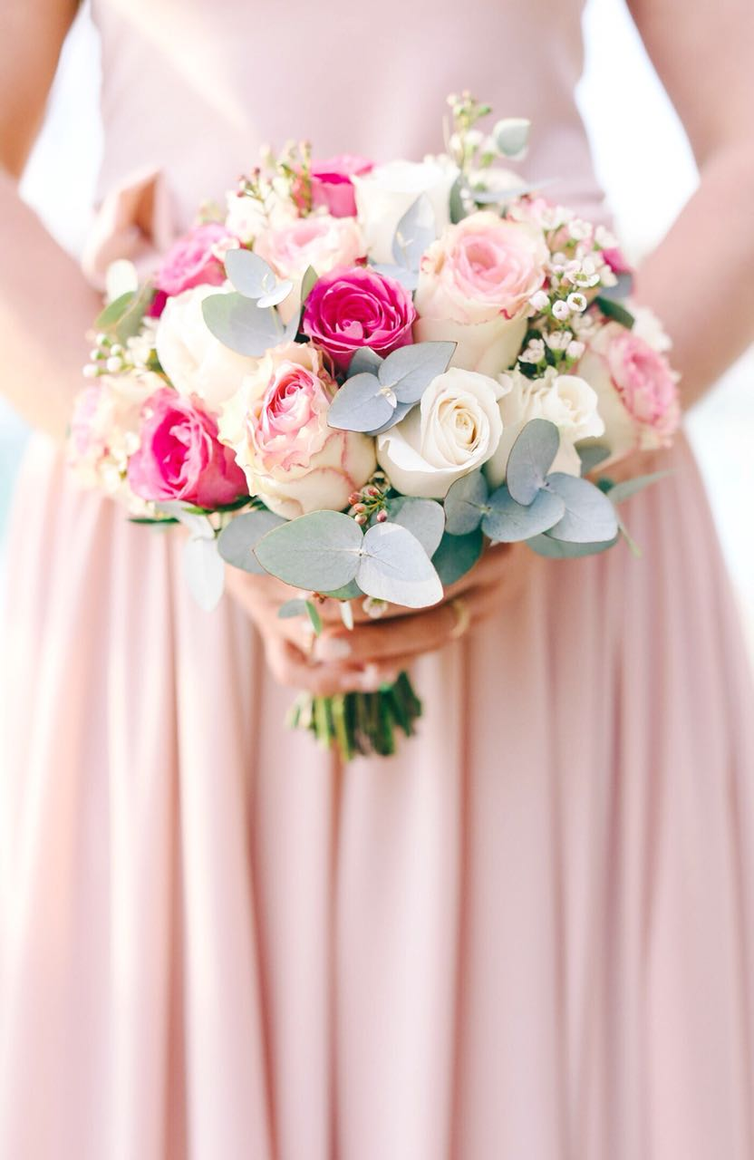 Choosing your perfect bridal bouquet for your sunshine wedding ...