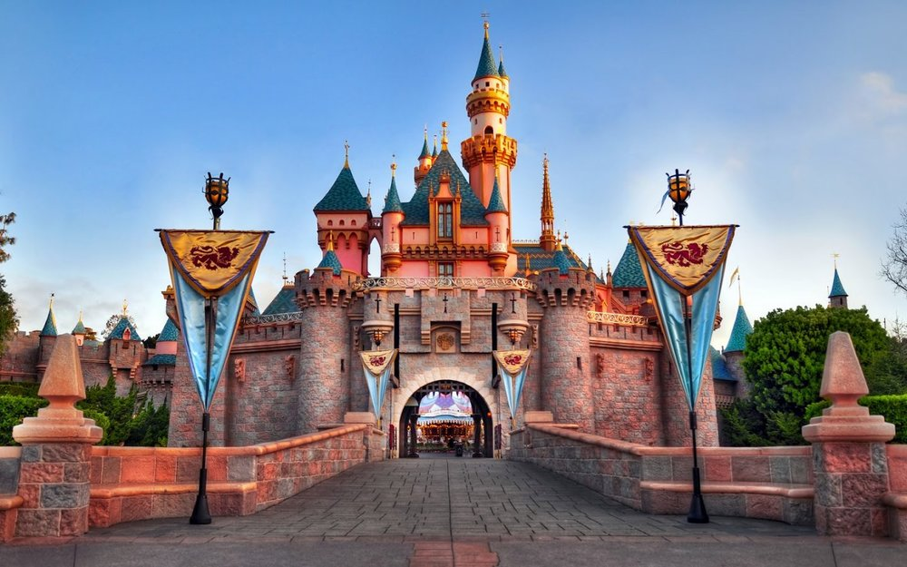 Wonderful-Disneyland-Castle-house-of-all-stories-Wallpaper-HD-for-Desktop-1440x900.jpg