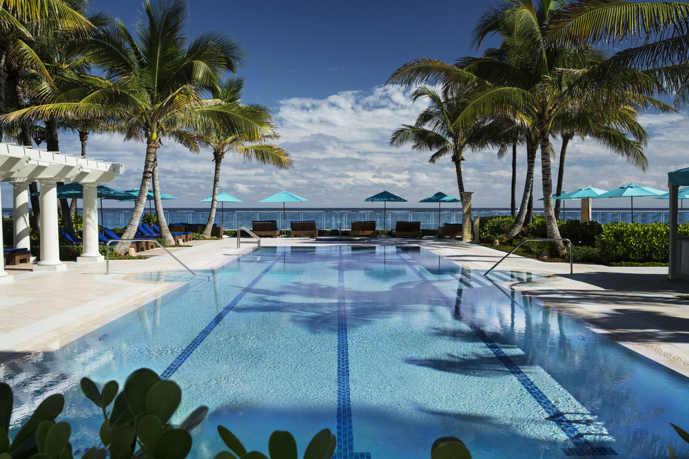 The Breakers' infinity-style Adult Pool overlooking the Atlantic Ocean