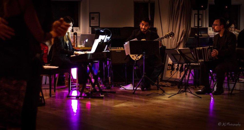 Maxi Larrea Trio featuring Sumi Lee