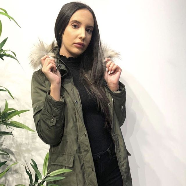 Preparing for winter and crushing the fashion game all at the same time. 💪🏻⠀ •⠀⠀ •⠀⠀⠀ •⠀⠀⠀ •⠀⠀⠀ #shopchickadee#chickadeebtq#chickadeegirls#burnabyheights#vancouverfashion#shopcanadian#ootd#womensfashion#winterfashion#style#trendy#fashion#bossbabe#ladyboss