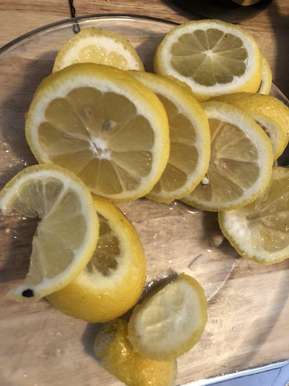 Coin lemon slices