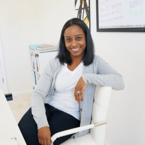 alisha nicolE author business coach