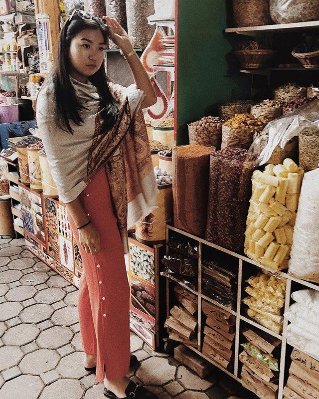 Spice up your life. . . . . . . . . #abudhabi #uae #dubai #spicemarket #market #travel #instatravel #traveldiaries #traveller #spicegirls #spice #emirates #etihad #ootn #simplicity #privatetravel #travelblog #luxurytravels #instadaily #wanderlust #vacay #vacation #instaphoto #일상 #일상그램 #여행 #tourism #unitedarabemirates #myabudhabi #luxurytravel