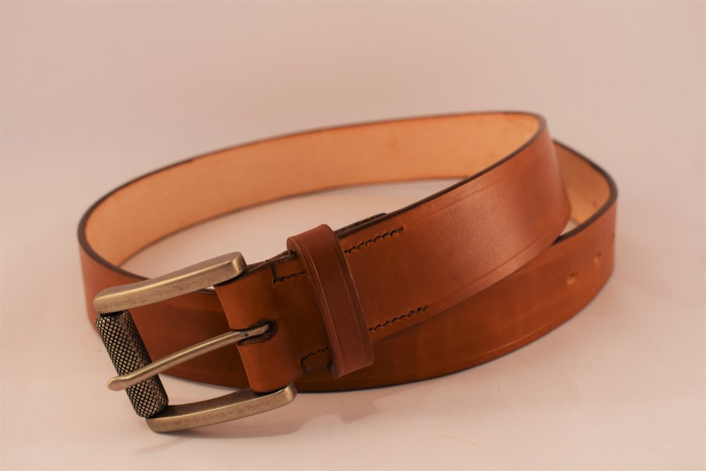 """1.5"""" Hand-dyed with Roller Buckle and 1/4"""" Crease Lines ($95)"""