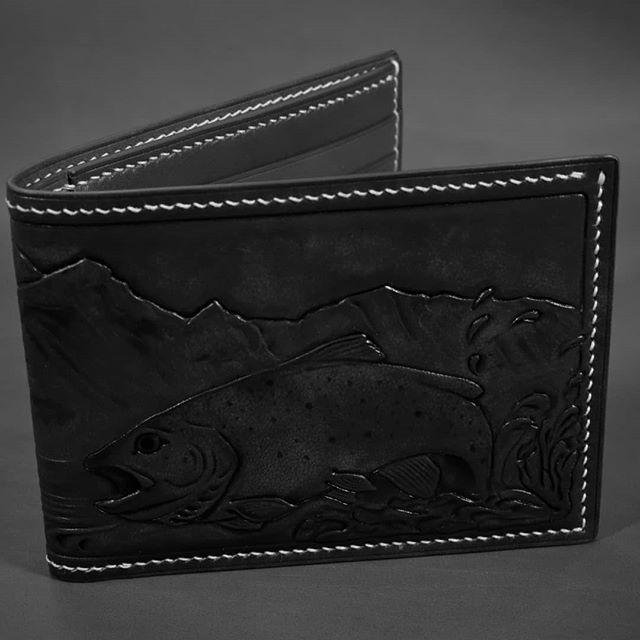 Here fishy fishy fishy!  It's that time of year where I just can't show you everything so I don't spoil the surprise.  If you're good and nice,  you'll get the real pics in a month or so.  #fishing #flyfishing #trout #rainbowtrout #bifold #billfold #wallet #leathercraft #leatherwranglers #handmade #handsewn #saddlestitch #custom #bespoke #givingseason #presents #gift